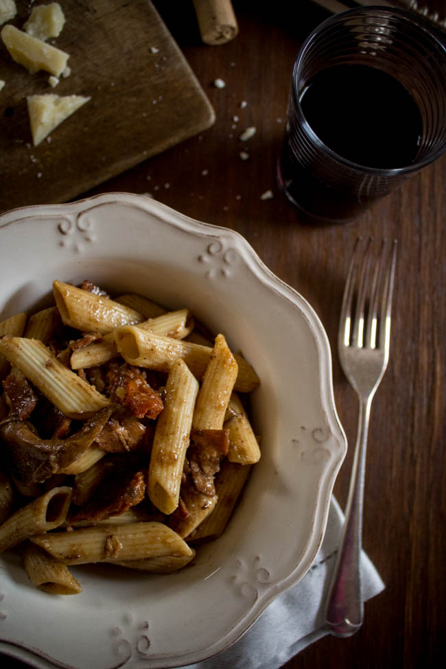 red-wine-porcini-bacon-sun-dried-tomatoes-pasta-3