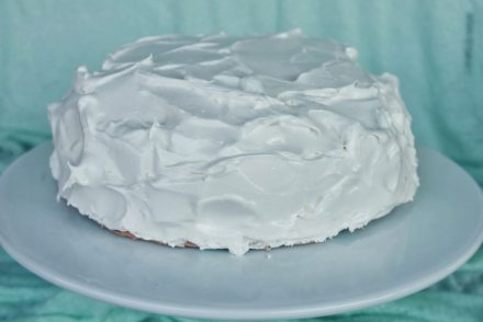chocolate-and-meringue-cake-1
