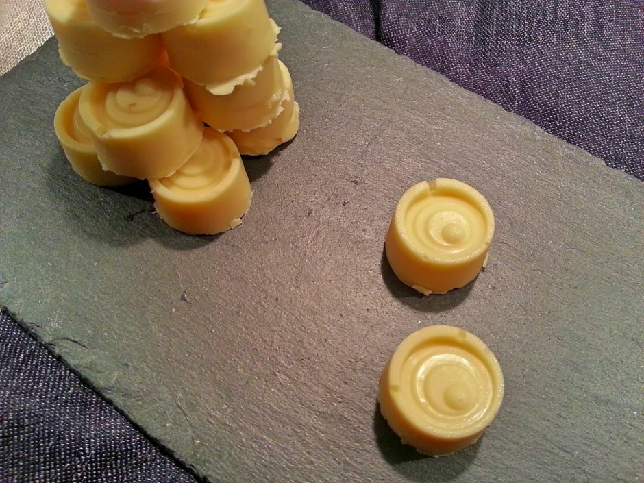 white-chocolate-limoncelo-truffles-3