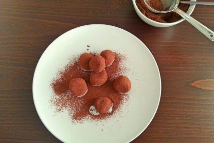 hazelnut-praline-truffles-4
