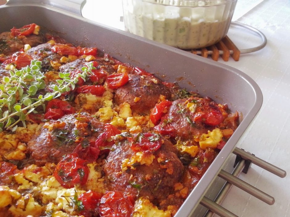 meatballs-with-onions-tomatoes-1