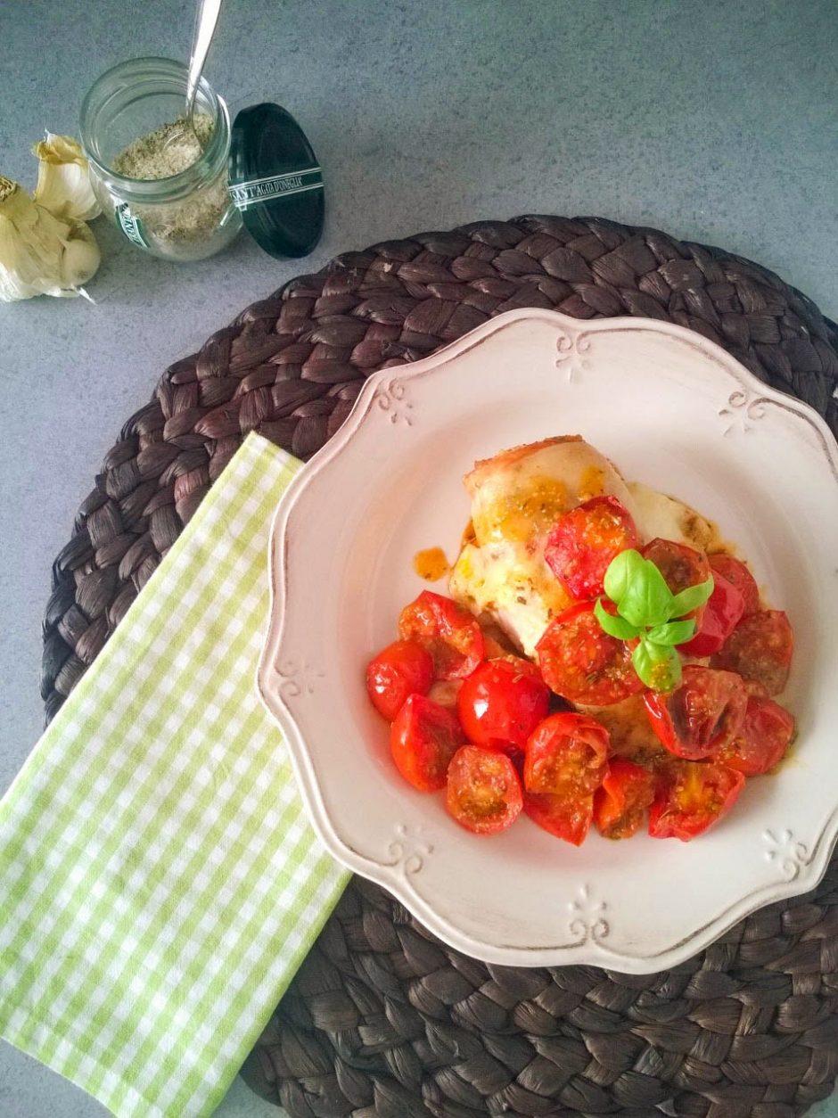 mozzarella-tomatochicken1