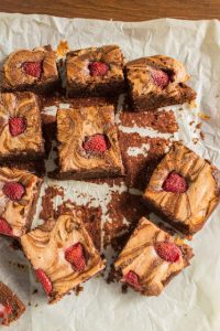 strawberrycheescakebrownie1