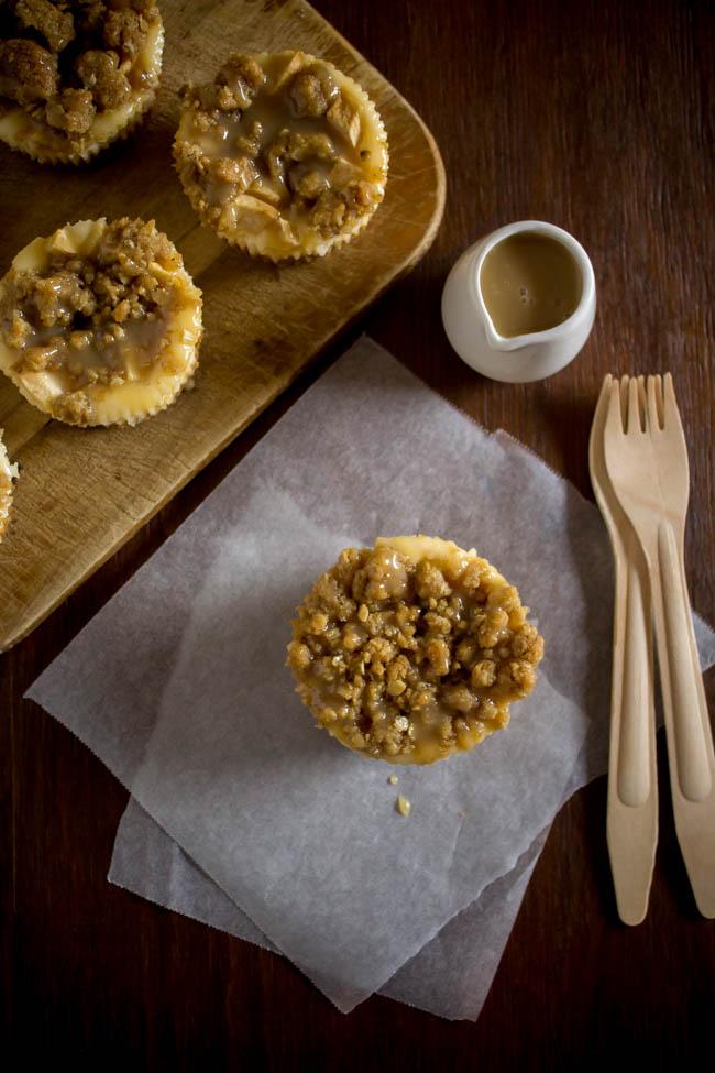 mini-apple-pie-cheesecakes-4