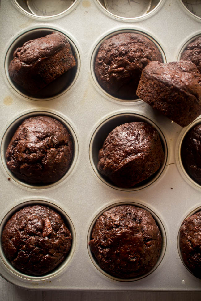 banana chocolate yoghurt muffins 2