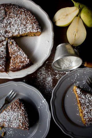 pear almond cake 1-1