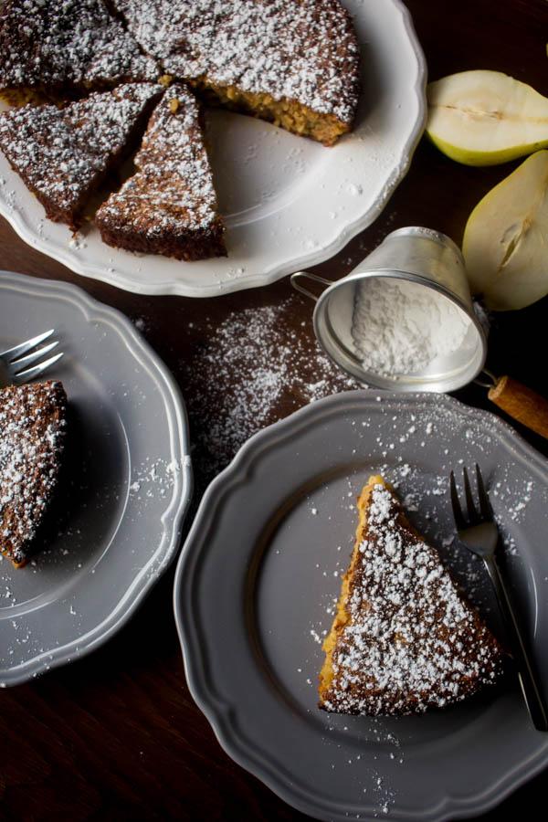 pear almond cake 3-1