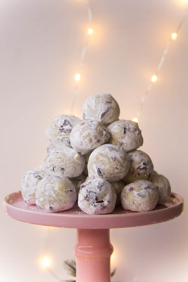 white chocolate cranberry pistachio truffles 2