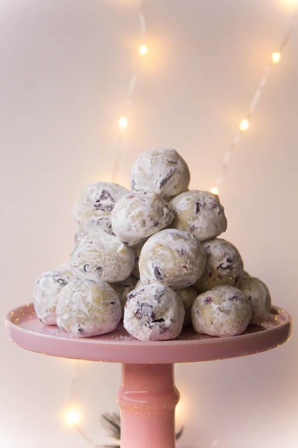 white chocolate cranberry pistachio truffles 2