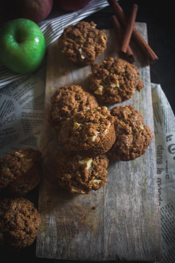 apple cinnamon oat muffins-2