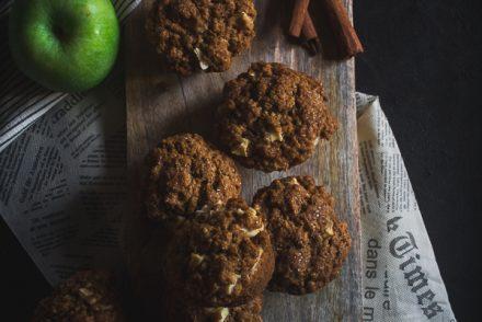 apple cinnamon oat muffins-4