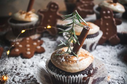 chocolate gingerbread cupcakes-2