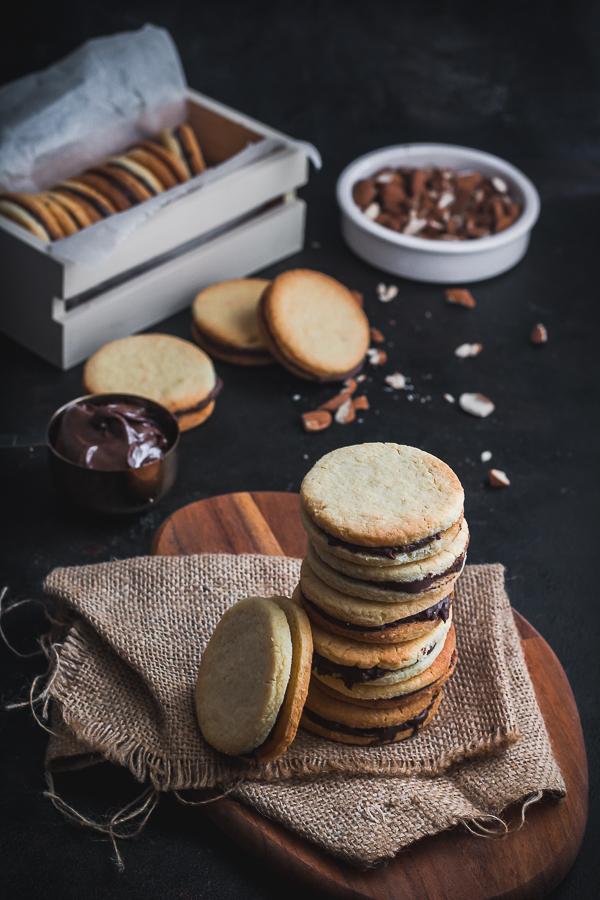 almond sandwich cookies-6