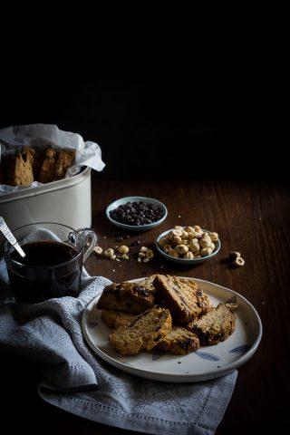 hazelnut chocolate biscotti-1