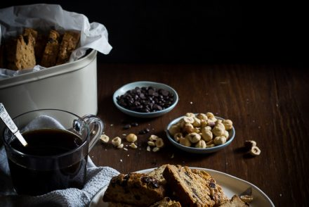 hazelnut chocolate biscotti-1