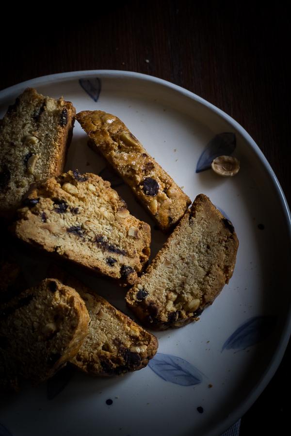 hazelnut chocolate biscotti-7